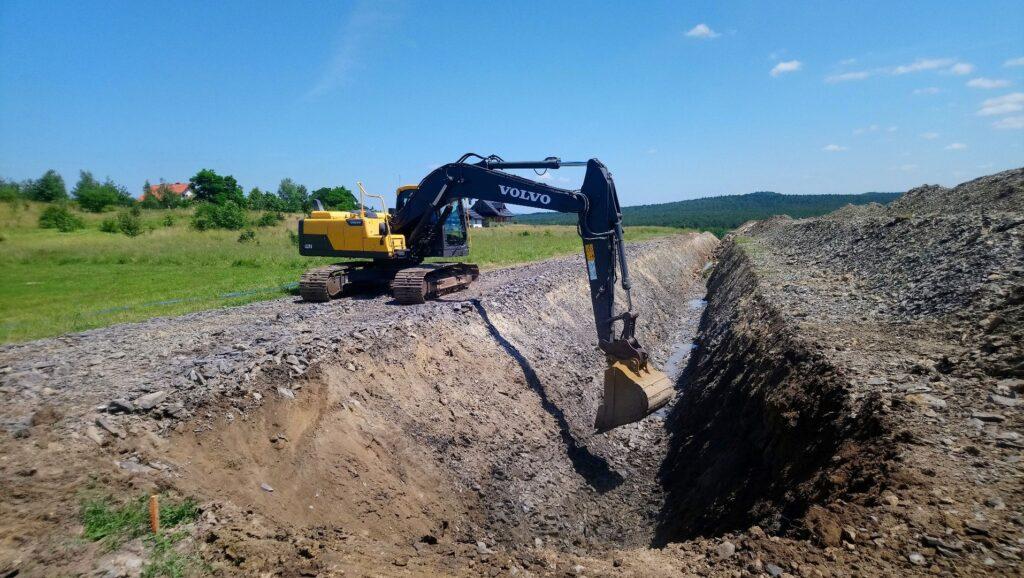 Kanalizacja Wodociagi Mojcza Uslugi Koparka Stankop 02